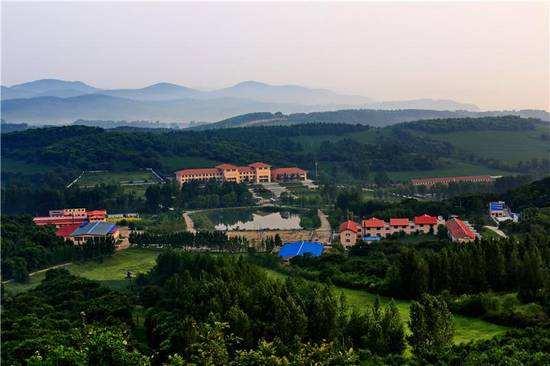 吉林省公主岭市鸿丰物流园办公楼